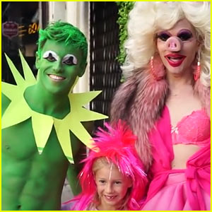 Watch Tom Daley Turn Into Kermit the Frog for His Halloween Costume!
