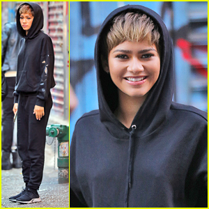 Zendaya Works On New Photo Shoot in New York City