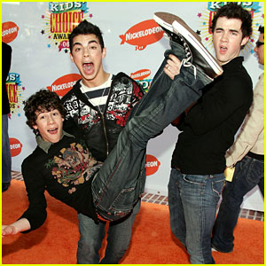 The Real Reason the 'Jonas Brothers' Were Trending on Twitter Yesterday