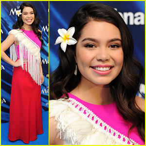 Moana's Auli'i Cravalho is Pretty in Pink for the London Premiere!