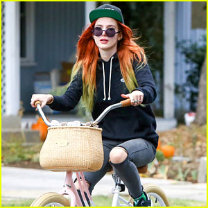 VIDEO: Bella Thorne Flirts with the Camera!