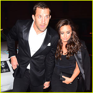 Demi Lovato Holds Hands with Rumored Boyfriend Luke Rockhold in NYC!
