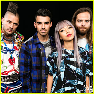 DNCE's JinJoo Lee Was Jealous Joe Jonas Kissed A Model In 'Toothbrush' Video