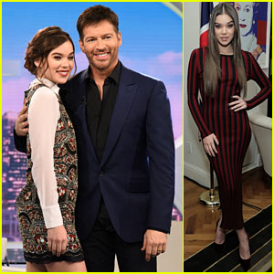Hailee Steinfeld Reveals the One Thing That Freaked Her Out On Tour!