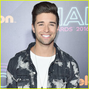 VIDEO: Jake Miller Swings Swoonworthy Version of John Mayer's 'Dreaming With a Broken Heart'!