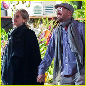 Jennifer Lawrence Flaunts Lots of PDA with New Boyfriend Darren Aronofsky!