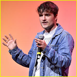 VIDEO: Josh Hutcherson Speaks Out to Support LGBTQ Peers!