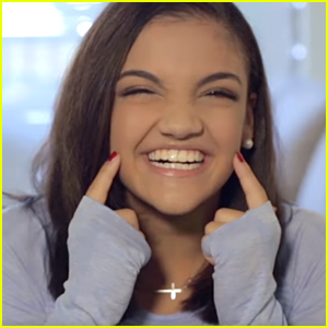 VIDEO: Laurie Hernandez, AKA The Human Emoji, Tries Out All Emoji Faces!