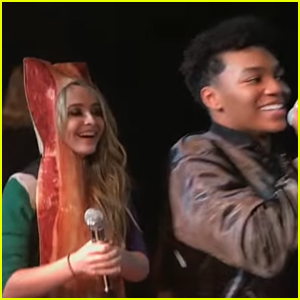 VIDEO: Sabrina Carpenter Dresses Up As Bacon For Citizen Four's Last Concert on 'Evolution Tour'