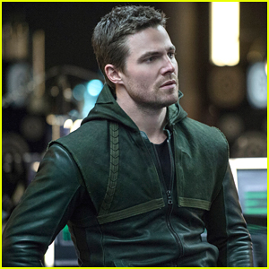 Stephen Amell Shares Thoughts About 'Arrow's 100th Episode