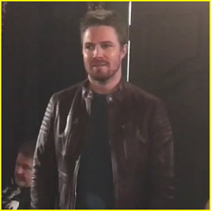 Stephen Amell Totally Ruins 'Arrow' Cast's 100th Episode Mannequin Challenge