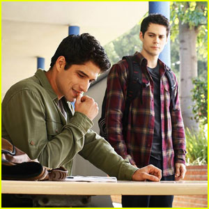 Dylan O'Brien & Tyler Posey Star in New 'Teen Wolf' Season 6 Stills!