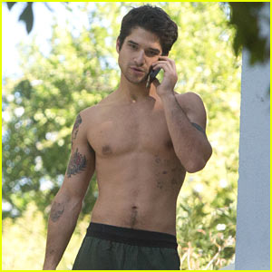 Tyler Posey Ditches His Shirt in LA!
