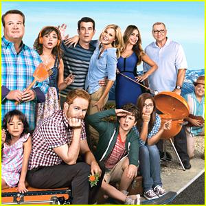 'Modern Family' Star Praises Ariel Winter, Sarah Hyland, Nolan Gould & Rico Rodriguez