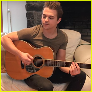VIDEO: Hunter Hayes Singing Us Christmas Carols Is All We Wanted For Christmas