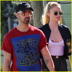Joe Jonas & Game of Thrones' Sophie Turner Kick Off New Year's Weekend Together!
