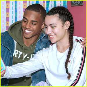 'Famous In Love' Star Keith Powers Gives Back Over Thanksgiving Holiday