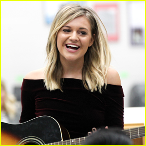 Grammy Nominee Kelsea Ballerini Helps CMA Foundation Launch 'Music Makes Us' Program