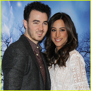 Kevin & Danielle Jonas Have Been Married For Seven Years!