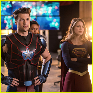 The Legends Go Time Traveling With Flash, Arrow & Supergirl!