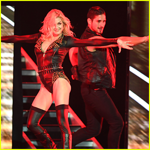 'Dancing With the Stars' Tour Heats Up Hollywood, Florida!