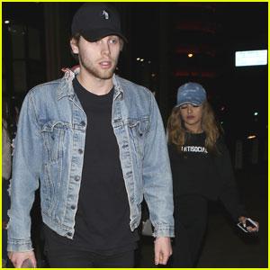 Luke Hemmings & Girlfriend Arzaylea Hold Hands For Catch LA Date Night!