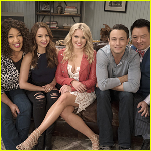 'Young & Hungry' Star Kind Of, Sort of Spills Details About Season 5