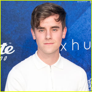 Social Media Star Connor Franta Announces Second Book 'Note to Self'