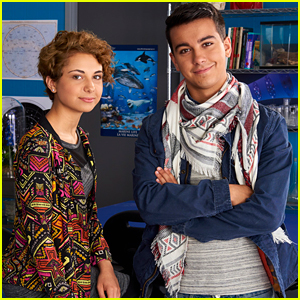Degrassi EP Discusses Syrian Refugee Characters After Donald Trump Signs Muslim Ban