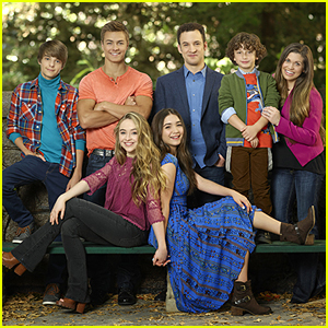 Fans Write Touching Notes to 'Girl Meets World' Cast After Cancellation