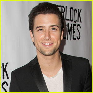 Big Time Rush Singer Logan Henderson Teases New Song 'Sleep Walker'