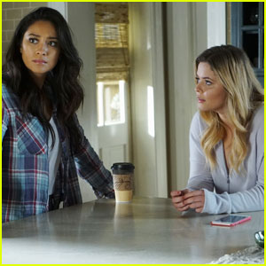 Will Alison & Emily End Up Together? 'Pretty Little Liars' Stars Speak!