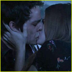 'Teen Wolf' Fans Are Freaking Out Over That Stiles & Lydia Kiss in the Winter Finale