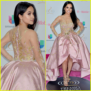 Becky G is BFFs With Her Fans & This Moment Proves It!