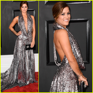 Cassadee Pope Is Glowing At The Grammys 2017!