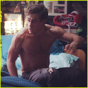 Power Rangers Star Dacre Montgomery Goes Shirtless In
