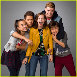'Hunter Street' Exclusive - Watch A Clip From the New Nickelodeon Mystery Show!