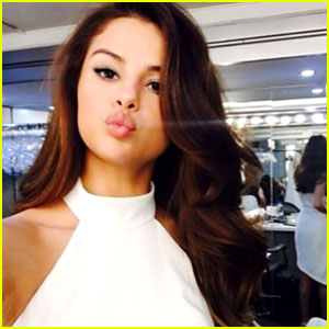 Selena gomez is not the most followed instagram account see who is selena gomez is not the most followed instagram account see who is altavistaventures Image collections