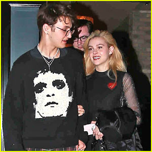 Anwar Hadid Can't Get Enough of Girlfriend Nicola Peltz!