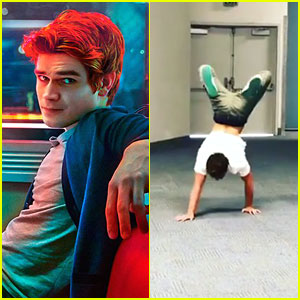 Riverdale's KJ Apa Makes Grand Entrance Into WonderCon By Walking On His Hands!