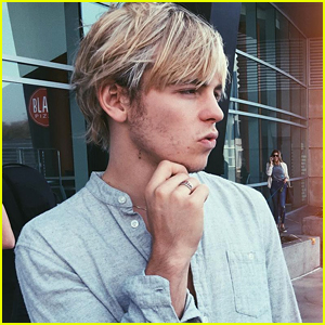 Ross Lynch's New Instagram Pic Is The Perfect Thing To Kick Off The Weekend