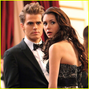 Did stefan and elena dating in real life