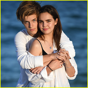 Bailee Madison & Alex Lange Channel 'Dawson's Creek's Joey & Pacey in Beach Photo Shoot