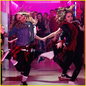 Brooklyn & Bailey Become Cheerleaders For 'Dance Like Me' Music Video