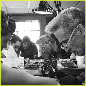 Brooklyn Beckham Gets First Tattoo 'Just Like Dads'