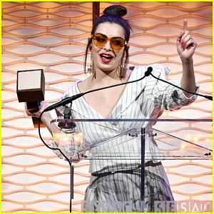 Charli XCX Wins Big at 2017 SESAC Pop Awards!