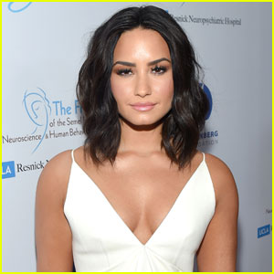 Demi Lovato Spreads An Important Message of Self Love For Fans