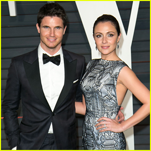 Italia Ricci Would Give Up Pizza For Husband Robbie Amell
