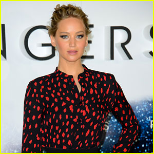 Jennifer Lawrence Shares Her Thoughts on 'Incredible & Horrifying' Video She Watched