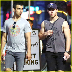 Joe & Nick Jonas Go For Workout Together Before Flight Out of Town